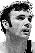 Photo of Dave DeBusschere